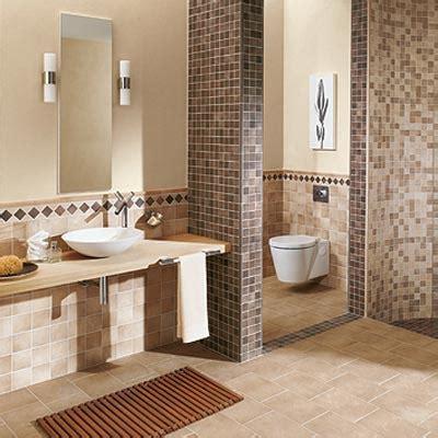 badezimmer gefliest klassische badgestaltung ideen mosaikfliesen farbe