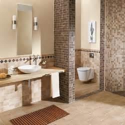 badezimmer bilder fliesen klassische badgestaltung ideen mosaikfliesen farbe