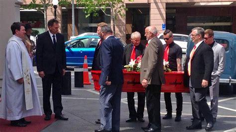ray columbus farewelled  auckland funeral newshub