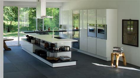 charming neutral and classy modern kitchen island design with white quartz kitchen countertop