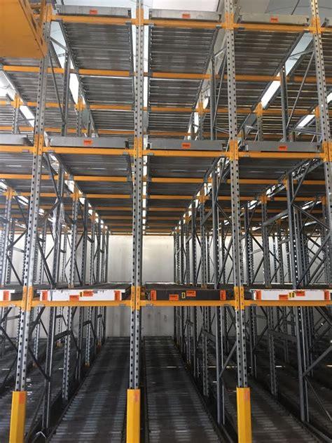 scaffali portapallets scaffali porta pallets a gravit 224 armes scaffali usati