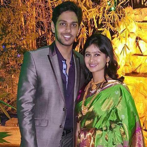 mrunal dusanis and neeraj more tied in nuptial knot mruanal dusanis marriage wedding photos neerja more