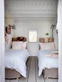 Sovrum i maritim stil av cabbages amp roses ltd m 246 bler amp inredning