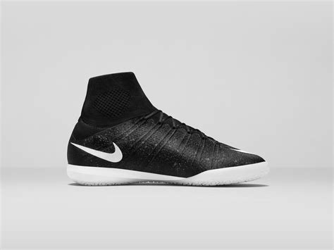 Nike Elastico Superfly nike elastico superfly ic se brings shimmer to small sided football nike news