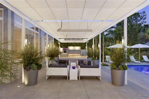 Backyard Bbq Okeechobee Retractable Shade 28 Images 4 Cool Pool Shade