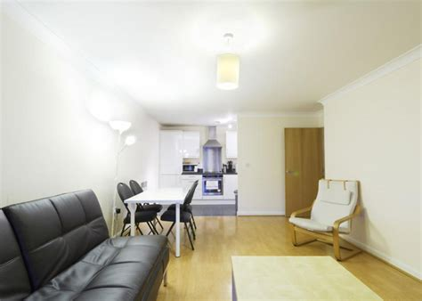 rooms to rent in hemel apartment 20 l 2 bed serviced apartment to rent in hemel hempstead
