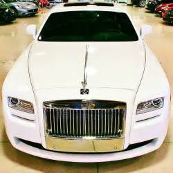 Floyd Mayweather Rolls Royce Floyd Mayweather Buys Rolls Royce Wraith For His Baby S