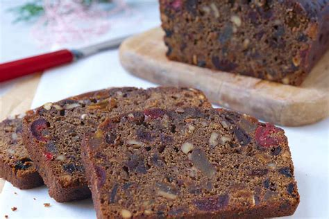 everyone s favorite fruitcake recipe king arthur flour