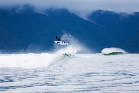 Surfing New Zealand by Surfing Nz Fiordland Chasing The Photo Gallery
