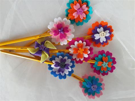 fiori e cuori matite con fiori e cuori di feltro fatti a mano bambini