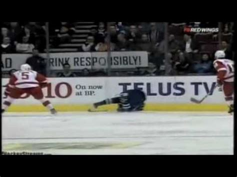 hockey player dies on bench hockey player dies on bench stars rich peverley