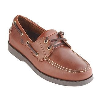 boat shoes keep slipping off dockers men s castaway casual boat shoe wide avail
