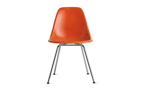 eames fiberglass chair eames molded fiberglass side chair 4 leg base herman miller