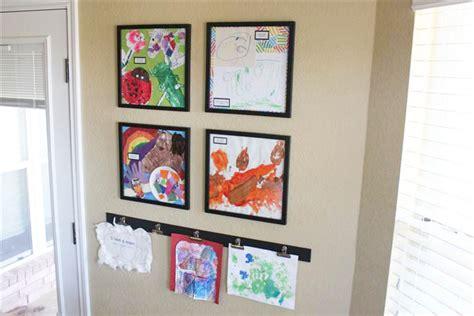 Displaying Kids' Artwork   Pigskins & Pigtails