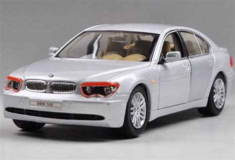 1 24 scale welly brand diecast bmw 745i model bm1t009 ezbustoys