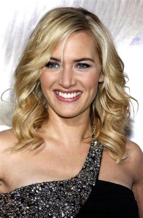 shoulder length blonde curly hair shoulder length hairstyles beautiful hairstyles