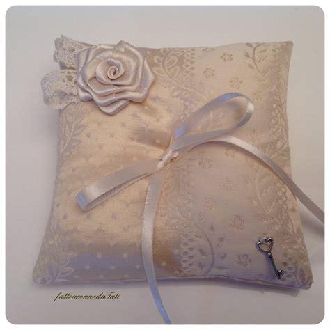 cuscini di stoffa cuscini con di stoffa idee di immagini di casamia