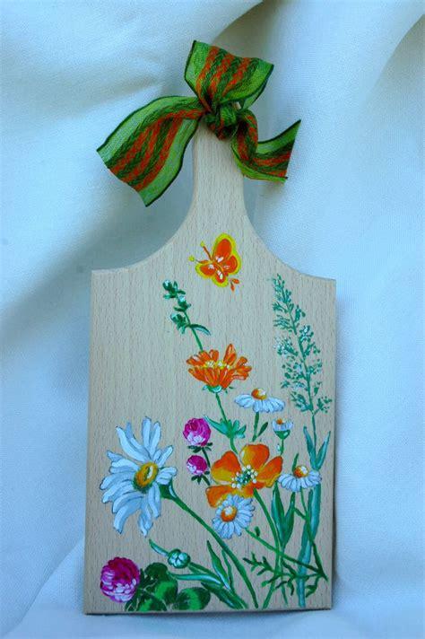dipingere fiori su legno tagliere in legno naturale con manico dipinto a mano