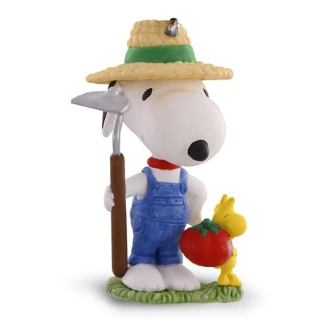 2016 spotlight on snoopy hallmark keepsake ornament