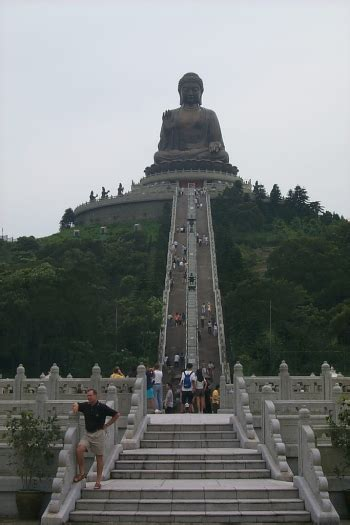 tian tan buddha  big statue  hongkong travelling moods
