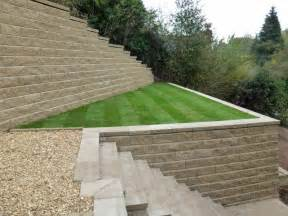 how to build a block retaining wall which will complement