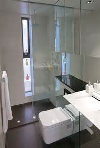bathroom ideas for small areas badkamers voorbeelden 187 hangtoilet in een kleine badkamer