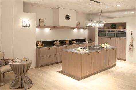 keukens de abdij keukenplanner landelijke keuken met blauwe hardsteen keukens de abdij