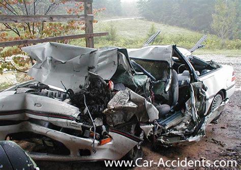horrific car crashes on horrific car crashes gallery ebaum s world