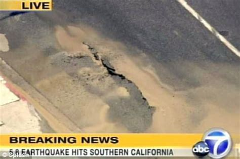 earthquake near me today buildings sway as earthquake measuring 5 4 on the richter