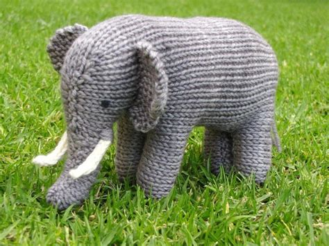 knitting patterns for elephants 12 knitted elephant patterns