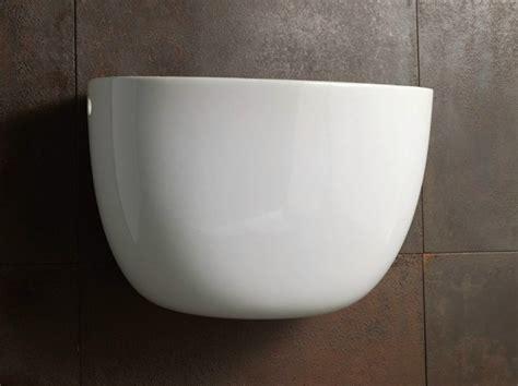 cassetta scarico wc ceramica cassetta scarico wc esterna in ceramica termosifoni in