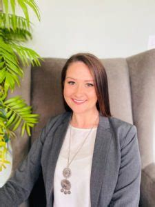 couples therapy   becca cardillo specializes