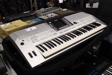 Keyboard Bekas Yamaha Psr S910 yamaha psr s910 electric keyboard piano on stand