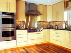 Marvelous Odd Shaped House Plans #8: DP_Friedmann-mid-century-modern-kitchen_s4x3.jpg.rend.hgtvcom.1280.960.jpeg
