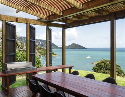 open plan beach house designs new zealand beach house transforms into an open aired paradise castle rock beach house