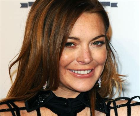 Lindsay Lohan Keeps Parts In Freezer by Lindsay Lohan Loses Part Of Finger In Boating