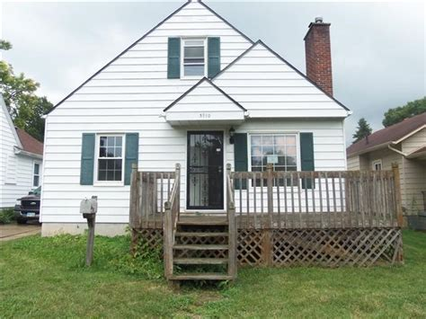 pretty homes for sale dayton ohio on houses for sale in dayton ohio homes for sale dayton ohio 3910 old riverside dr dayton oh 45405 reo home details