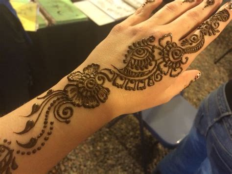 how to apply a henna tattoo 17 best images about mendhi on geometric