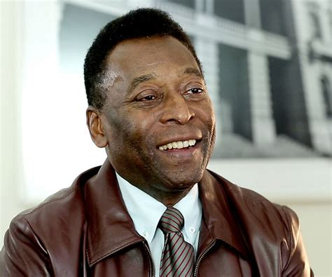 biography pele image gallery pele biography