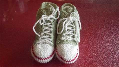 crochet converse slippers pattern free thread converse booties free pattern other thread