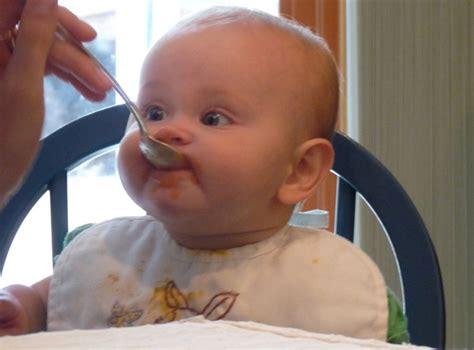 la alimentacion complementaria del bebe de  meses pequerecetas