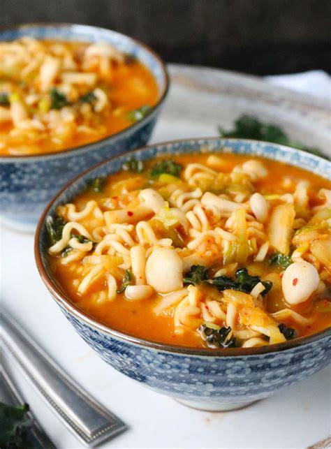 kimchi ramen noodle soup soupaddictcom