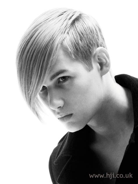 Skater Hairstyle by 25 Highly Praised Skater Haircuts For Hairstylec