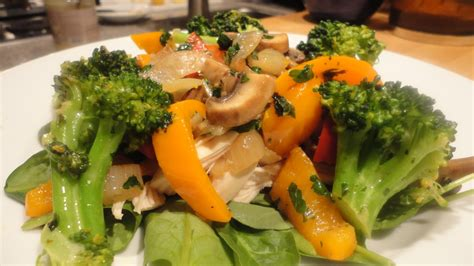 paleo sauteed vegetable and chicken spinach salad