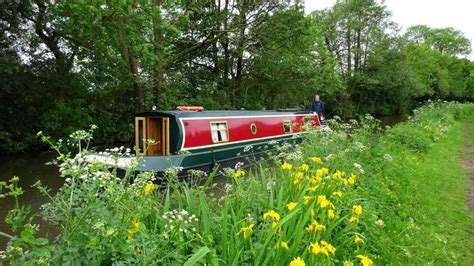boating holidays england canal boat hire england uk peter nicole on poppy lancaster canal boat hire holidays