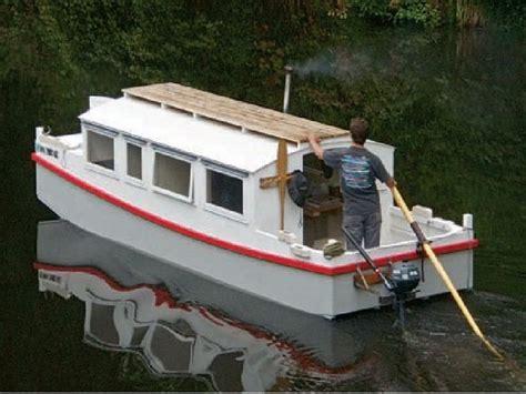 small cabin motor boats escargot designed by phillip thiel this was originally