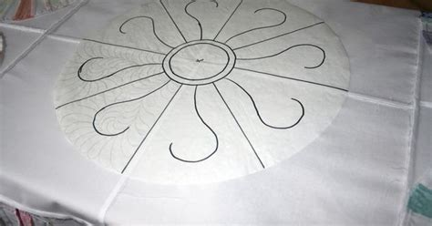 free motion quilting with freezer paper template marking quilting design onto the top sharpie on freezer