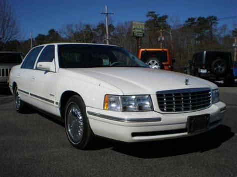 1997 Cadillac Specs by 1997 Cadillac Data Info And Specs Gtcarlot