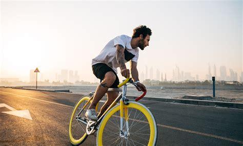 bike essential accessories list  ultimate guide vengoscom