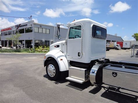 peterbilt truck dealer the peterbilt store locations peterbilt truck dealer